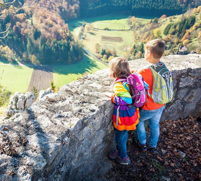 Auf der Münsinger Burgruine Hohengundelfingen im Großen Lautertal im Biosphärengbiet Schwäbische Alb gibt es viel zu entdecken.
